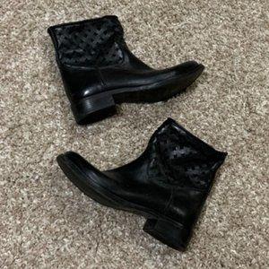 Kobra Walker Ankle Boots